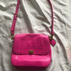 Fossil pink leather flap purse with twist lock